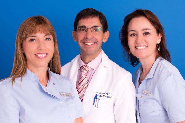 equipo-cirujanos-plasticos-antiaging-group-barcelona-768x512