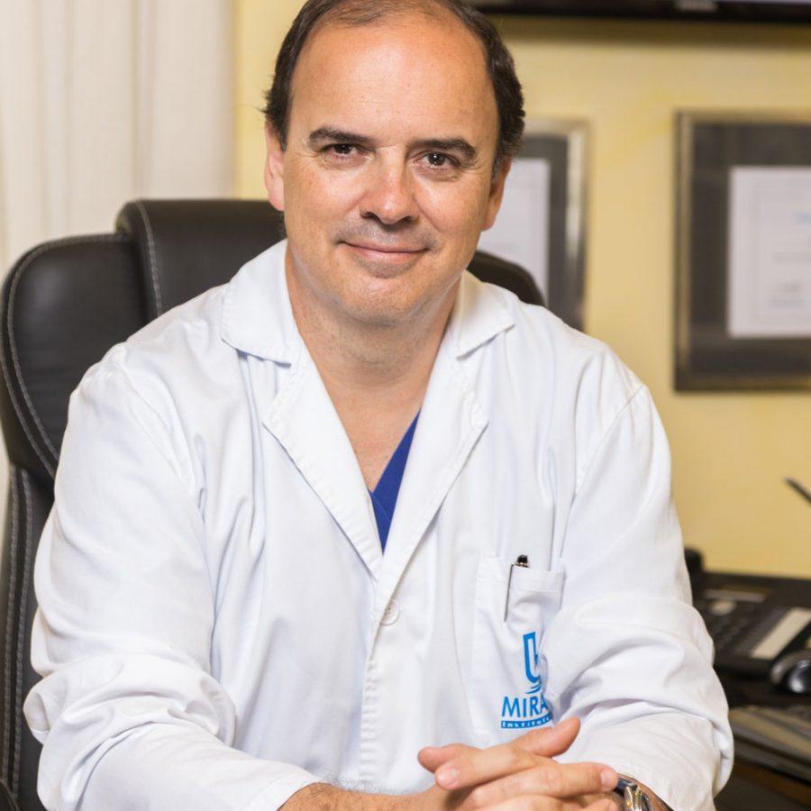 Dr. Fernando Urdiales, Director Médico de Instituto Médico Miramar